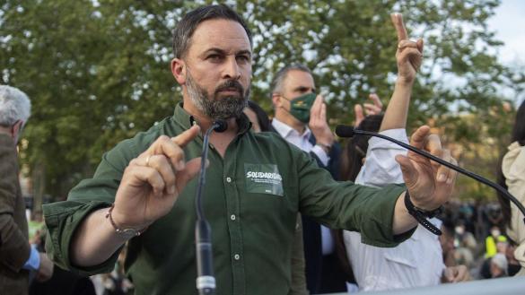 Doble pinchazo de Vox en Orcasitas: ni público ni disturbios