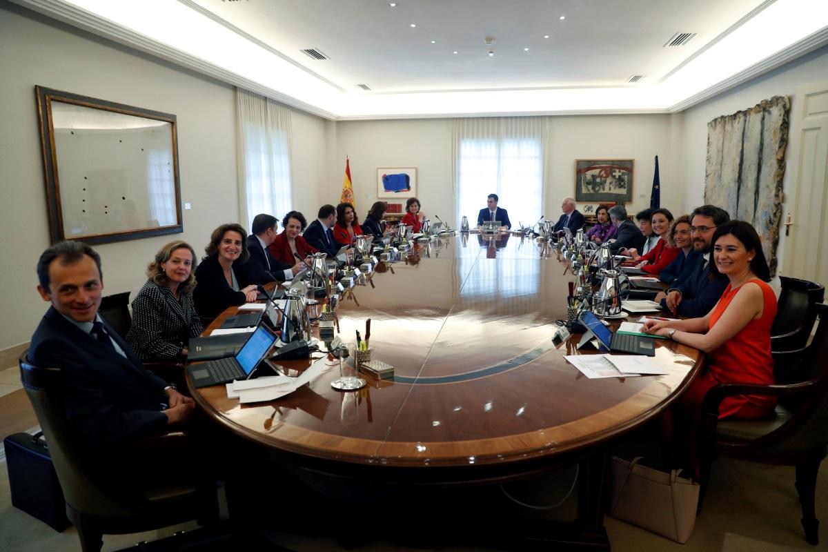 S nchez como zapatero llevar el consejo de ministros for Clausula suelo consejo de ministros