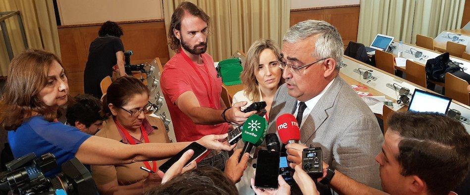 El Psoe Alerta Del Despido De 9000 Empleados Públicos Andaluces