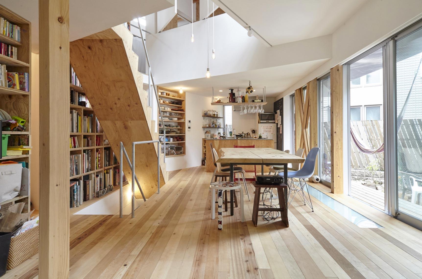 si alquilas en airbnb o similares firma un contrato. Black Bedroom Furniture Sets. Home Design Ideas