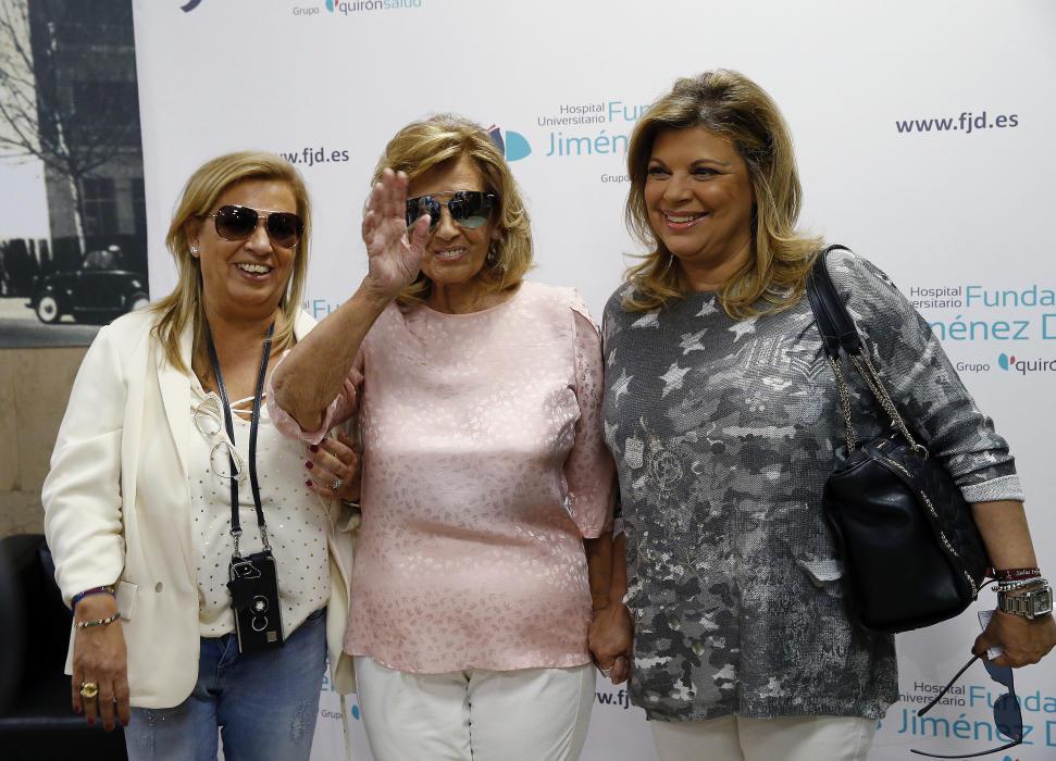 8e726febb6 María Teresa Campos, acompañada de sus dos hijas, Carmen Borrego y Terelu  Campos (
