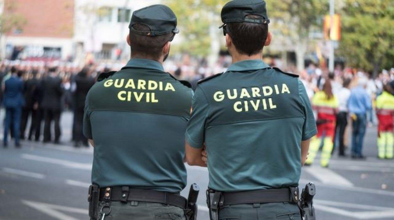 Imagen de archivo de dos guardias civiles