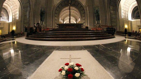 El plan exprés que tuvo el Gobierno para sacar a Franco del Valle de los Caídos en 72 horas