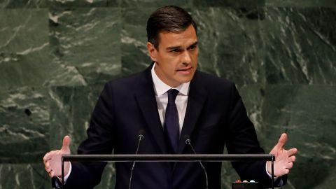 Sánchez acusa a PP y CS de alimentar la ultraderecha
