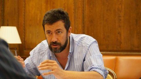 La división de En Marea llega al Parlamento gallego