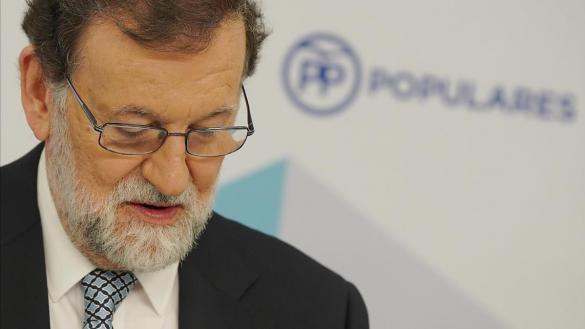 Rajoy dimite