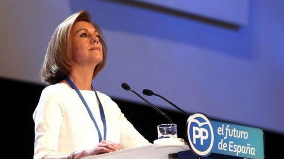 Una carta anónima implica a Cospedal en el pago de una extorsión a Rajoy