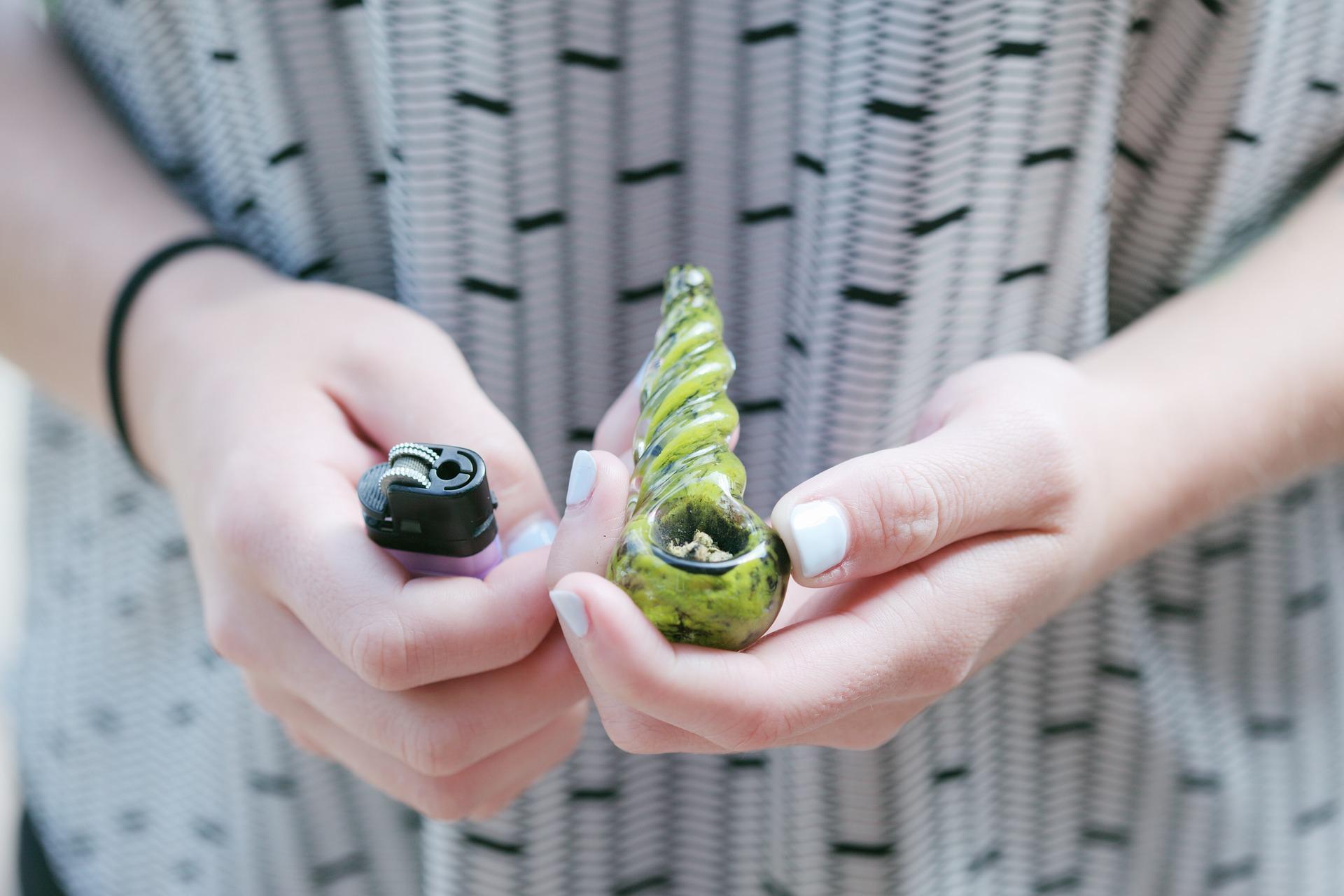 31d5d7ffd La marihuana sigue siendo la droga más consumida entre universitarios