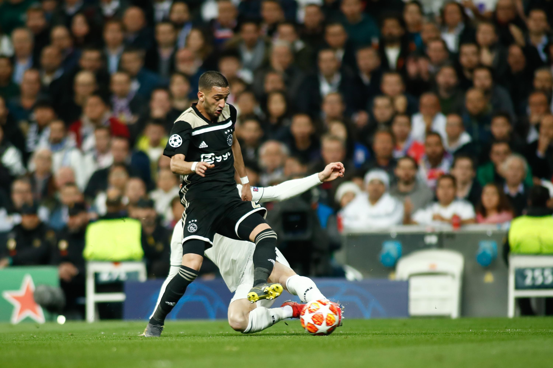 Del Las Humillar Disparan Ajax Acciones Tras Real Se Madrid Al 55xwvArq