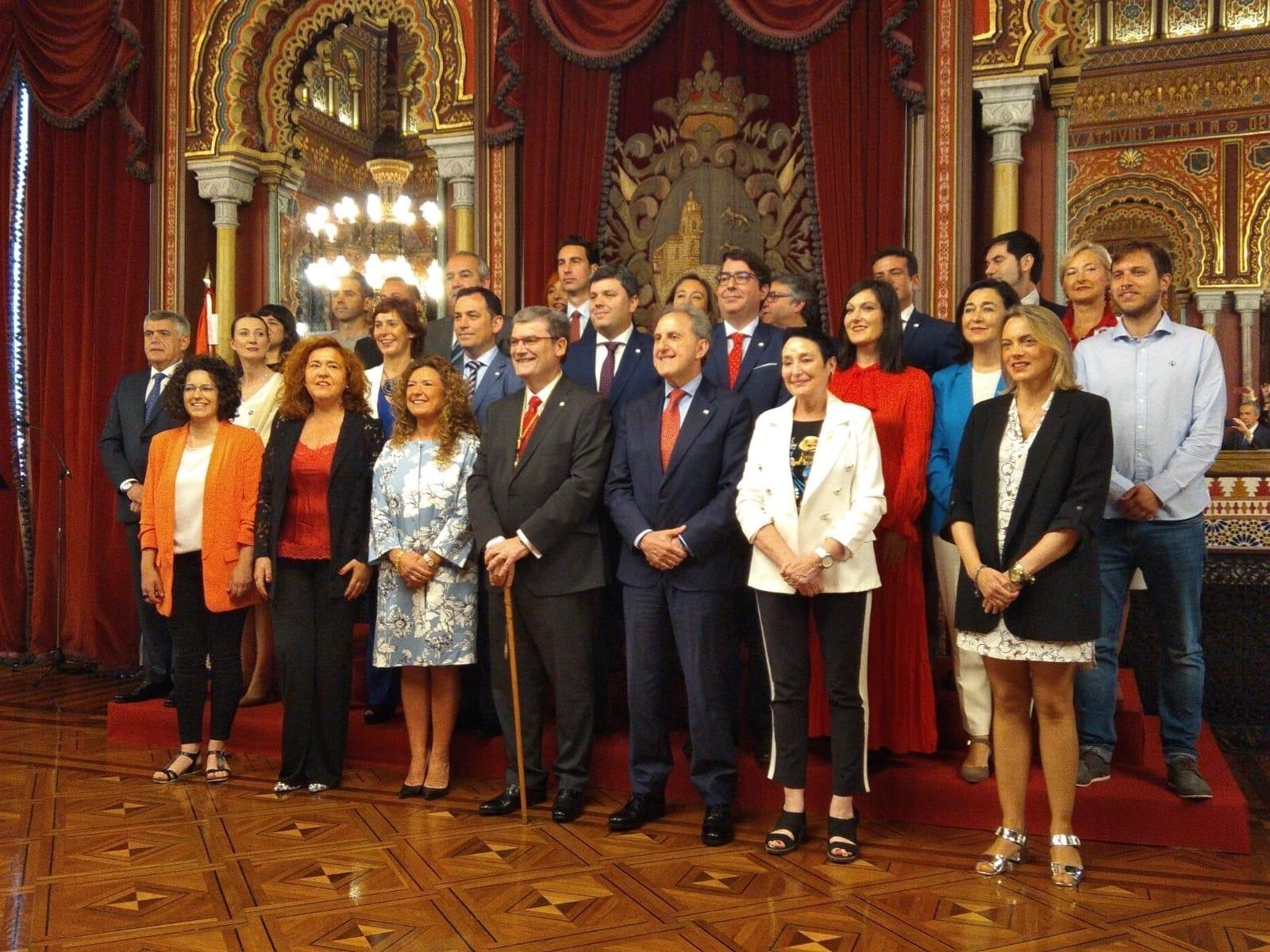 Aburto repite mandato en Bilbao con un pacto de gobierno con PSE