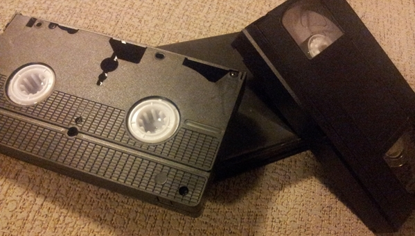 57aaacd69 El VHS y su colección de cinéfilos caseros