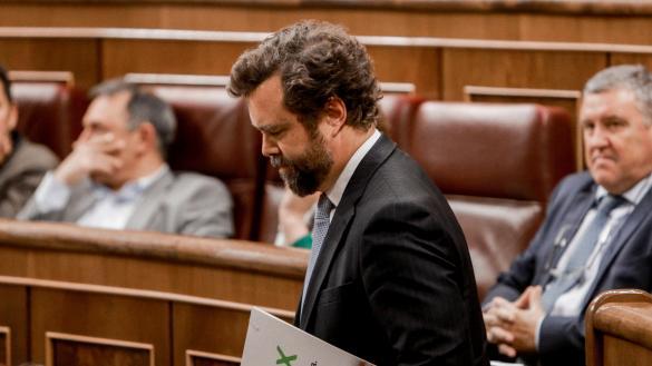 """Vox carga contra Ciudadanos y su """"tricentrito progre"""""""