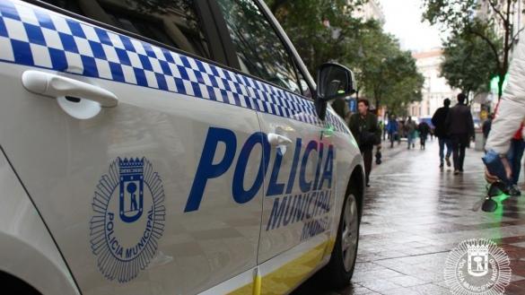 Un hombre mata a su mujer delante de sus dos hijas en Madrid