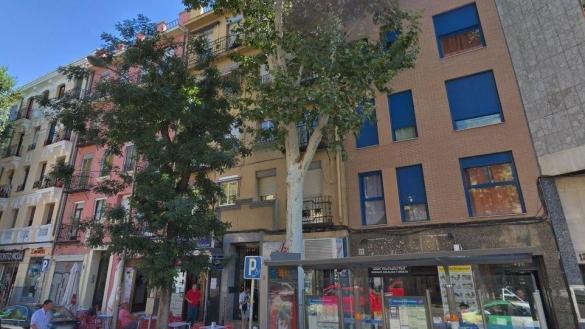 Dos jóvenes graves tras ser apuñalados en el Paseo de las Delicias de Madrid