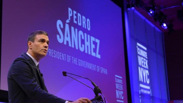 """Sánchez anuncia que se está """"muy, muy cerca"""" de sacar a Franco del Valle de los Caídos"""