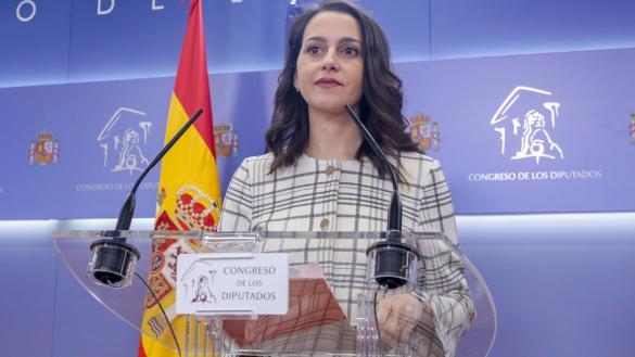 La vía Arrimadas: un gobierno del PSOE, PP y Ciudadanos