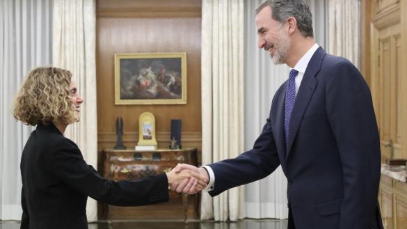 El rey encarga a Pedro Sánchez formar Gobierno tras la ronda de contactos