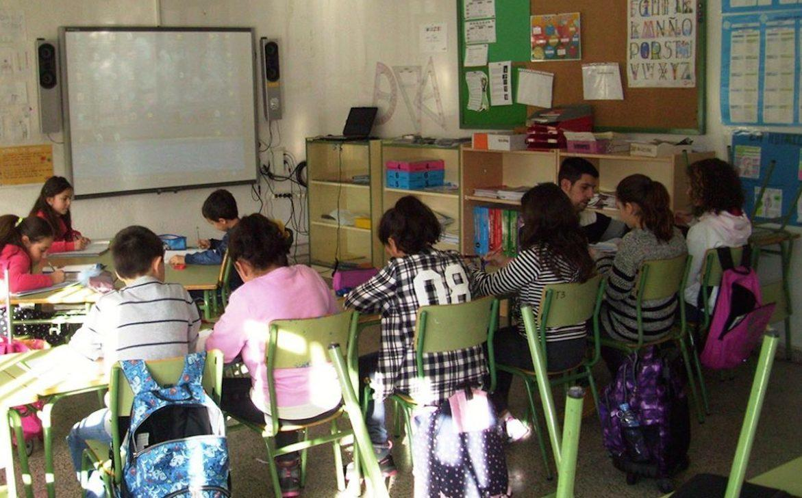 Imagen de archivo de una escuela rural. AGROINFORMACIÓN.COM