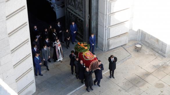 """El Senado veta una pregunta sobre el Valle de los Caídos por entender que llamar """"genocida"""" a Franco es falta de respeto"""