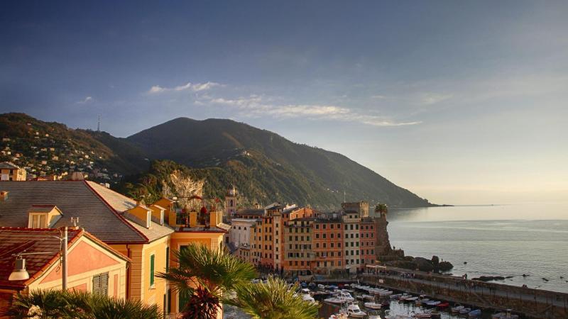 Giuseppe Conte, presidente de Italia, dijo que los italianos podrían ir a la playa durante el verano